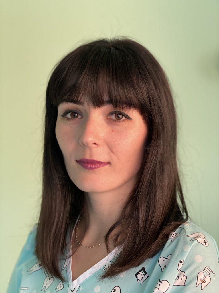 Dr. Soós Izabella